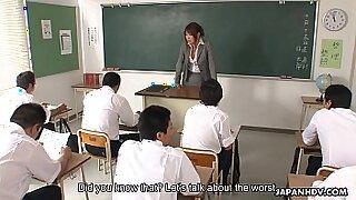 Asian teacher she can go - 1:15
