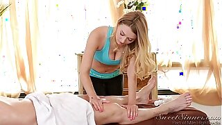 Mata Misaki calls her old friend to get a massage - 38:37
