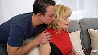 Horny coach seduces hot chicks hardcore sex - 9:05