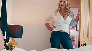 My lover Fira Ventura gets horny and gives me a blowjob under - 1:00