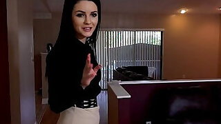 Young real estate agent gets her skills tested by her boss - 7:00
