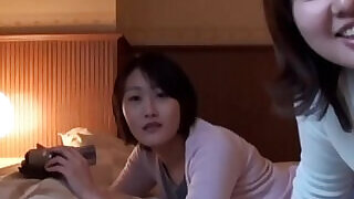Asian teen fingers lezzy