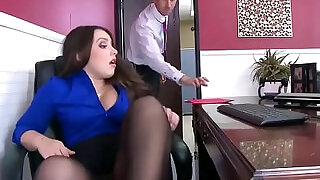 Office with Slut Lola Foxx Needs Cock In Her Ass - 7:00