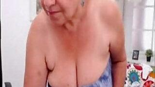 Amateur granny dancing nude on web cam - 5:00
