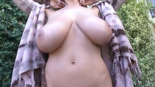 Kelly madisons big tits on full display - 4:00