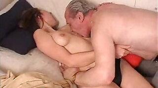 Dirty old man fucking girl - 21:00