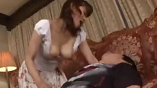 Milf Blowjob For Young Guy Cum To Mouth Spitting Semen To Palm On The Car - 7:00