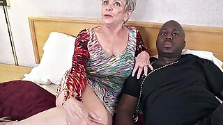 Mature Grandma with Tits lets a Black hard Cock Inside her Creampie Video - 6:00