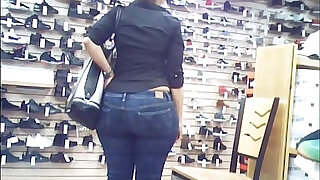 Candid Wide Phat Booty Huge Ass Culo - 0:33