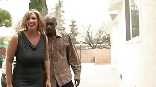 Big Tit MILF Zoey Andrews Interracial Fucked - 14:00