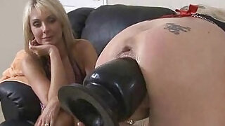 Wicked Fisting Lady Hard Penetrated - 5:00